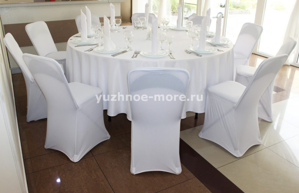 стол банкетный с сервировкой на 10 персон (3)